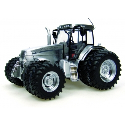 TRACTEUR MC CORMICK INT CHROME VERSION **
